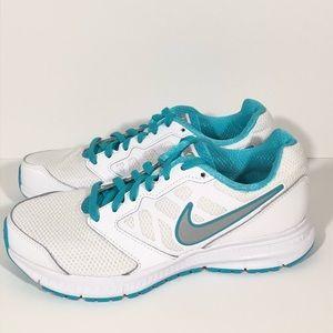 NEW • Nike • White & Aqua Downshifter